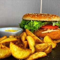 Chobo burger with potato slices