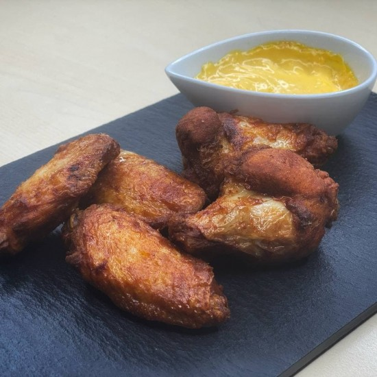 Spicy chicken wings (6psc)